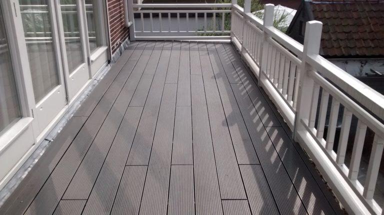 Kunststof vlonder op balkon